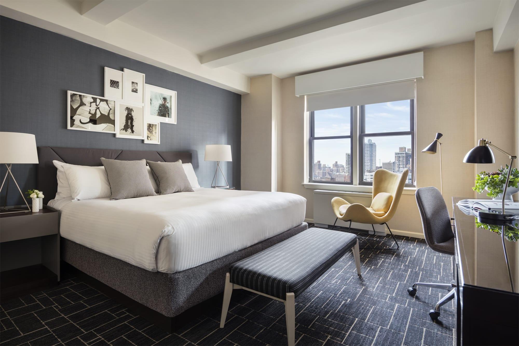 Shelburne Hotel & Suites Guestroom
